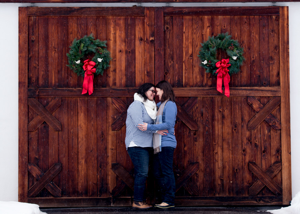 Leavenworth snowy engagement -1396.jpg