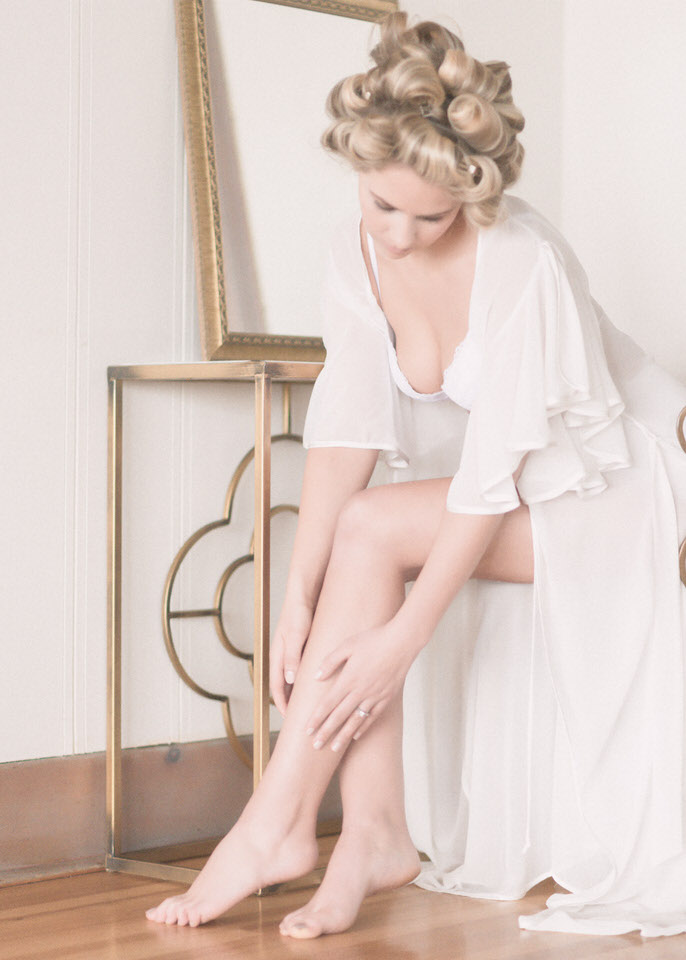 Bridal Boudoir Seattle Weddings in Woodinville Vintage Romantic Bride-12.jpg