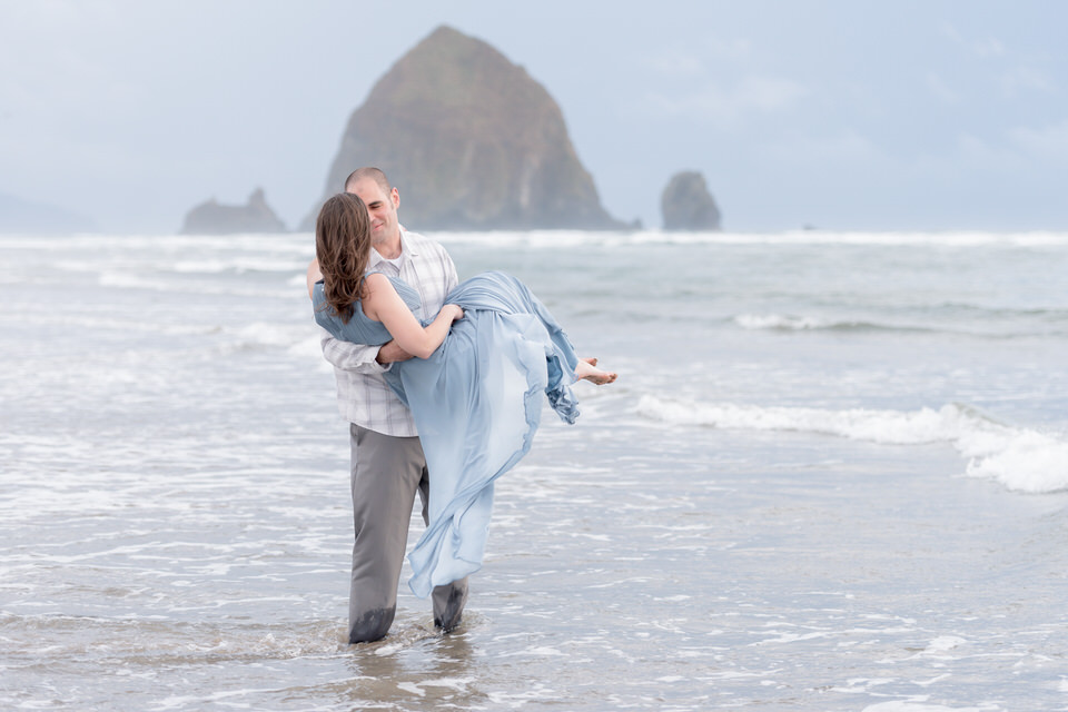 Haystack Rock destination engagement portraits with Seattle Photographer Christina Servín