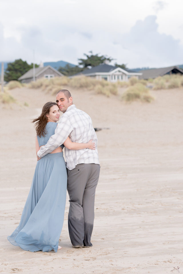 Sunset engagement picture formal gown at sunset with Seattle wedding photographer Christina Servín