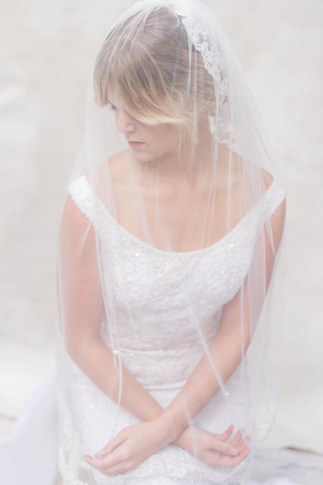 Weddings in Woodinville bridal portraits Christina Servin Photographs light airy vintage-1.jpg