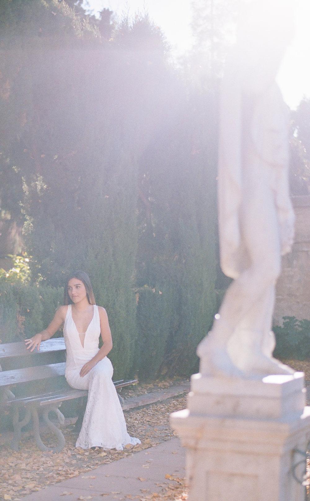Jardín de Monforte Valencia Bridal Portraits Destination Wedding Spain-7.jpg