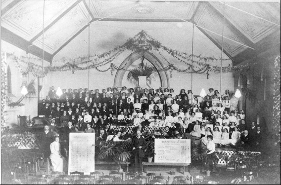 Sunday School 1911.jpg