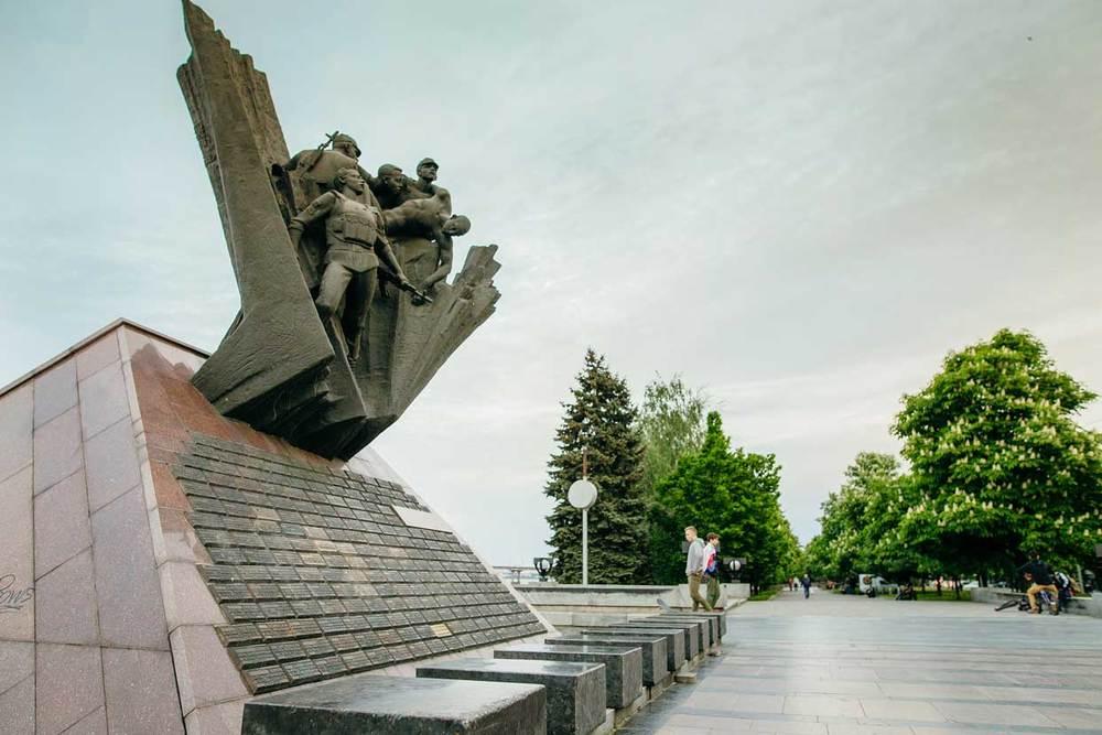 monument_afganci_pic1.jpg