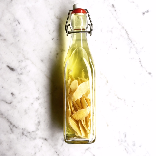 Limoncello - lemon peels