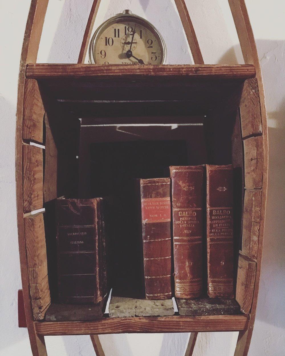 artigiano - bookcase