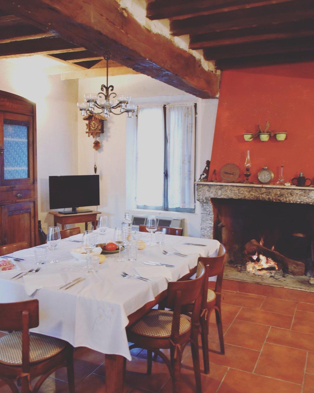 artigiano - dining room