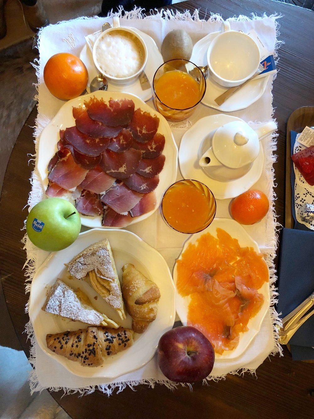 Hotel Ambra Cortina - room service breakfast.jpg