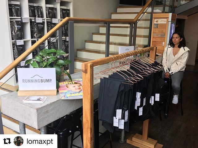 Quick, @runningbump are still here until 1pm so come and grab yourself a bargain! Activewear to fit bumps of all shapes and sizes 🛍 . #Repost @lomaxpt with @repostapp ・・・ Great to have @runningbump pop-up shop as part of our @bumpsandburpees coffee mornings @thelomaxway  Upstairs @charlielaunder trains @jes_salter while @amysmythkids snaps it up!  Just another day at the office  #bumpsandburpees #thelomaxway #thismumcan #preandpostnatal #baby #babylondon #pregnancyfitness #babiesofinstagram #runningbump #igfit #ig_worldclub #lifestyle #bumpclass #personaltraining #chelsea #athleisure #maternityactivewear