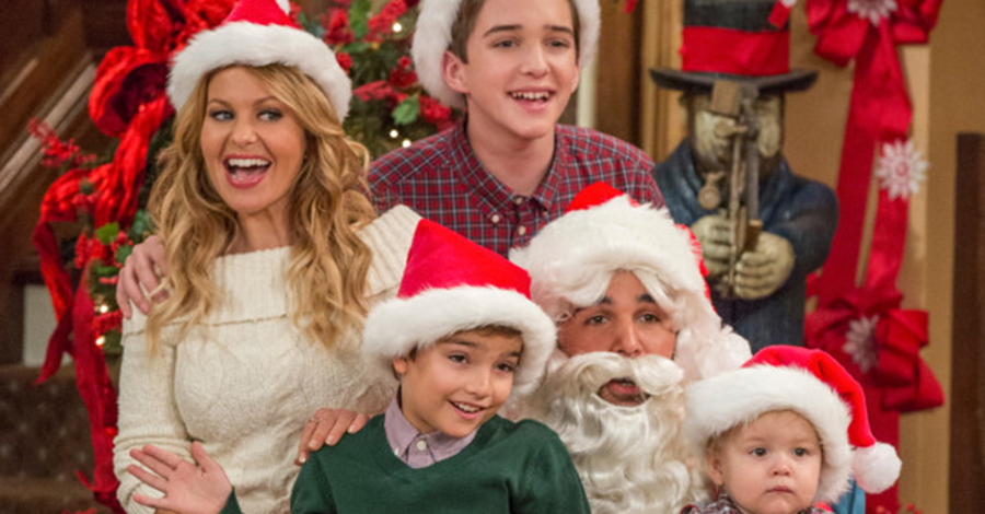 Can 'Fuller House' Save The Sitcom Holiday Episode? (Decider)