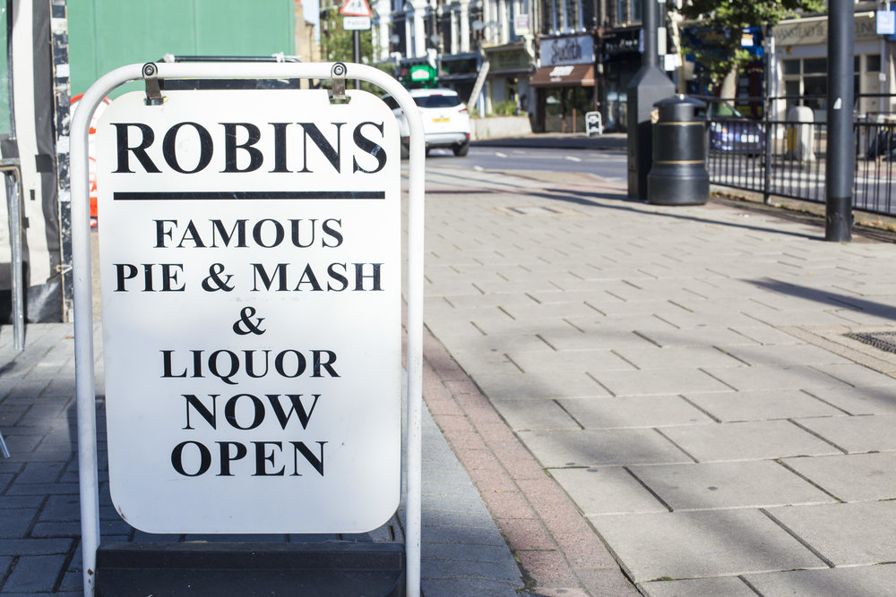 ROBINS_WANSTEAD_3.jpg