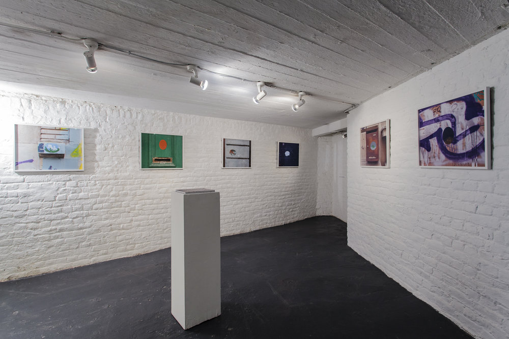 Exhibition view at Galerie 100Titres © Dragan Markovic