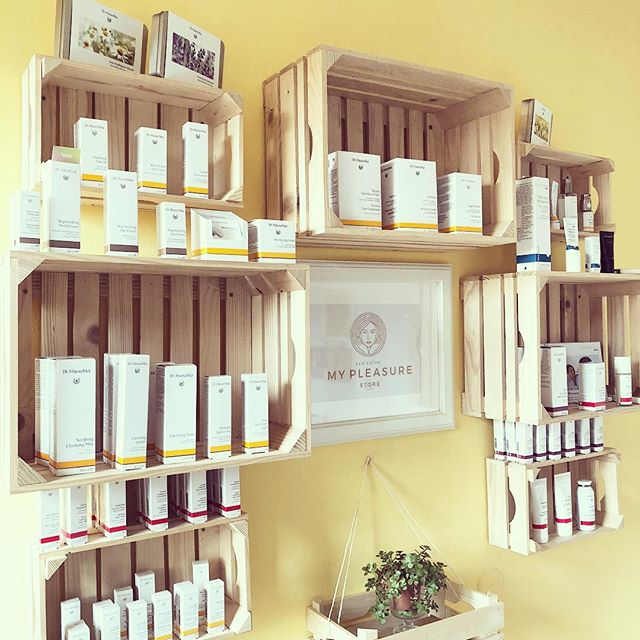 #springsale 20% off #drhauschka all products in the store 🌞👀💚#eco #greenbeauty