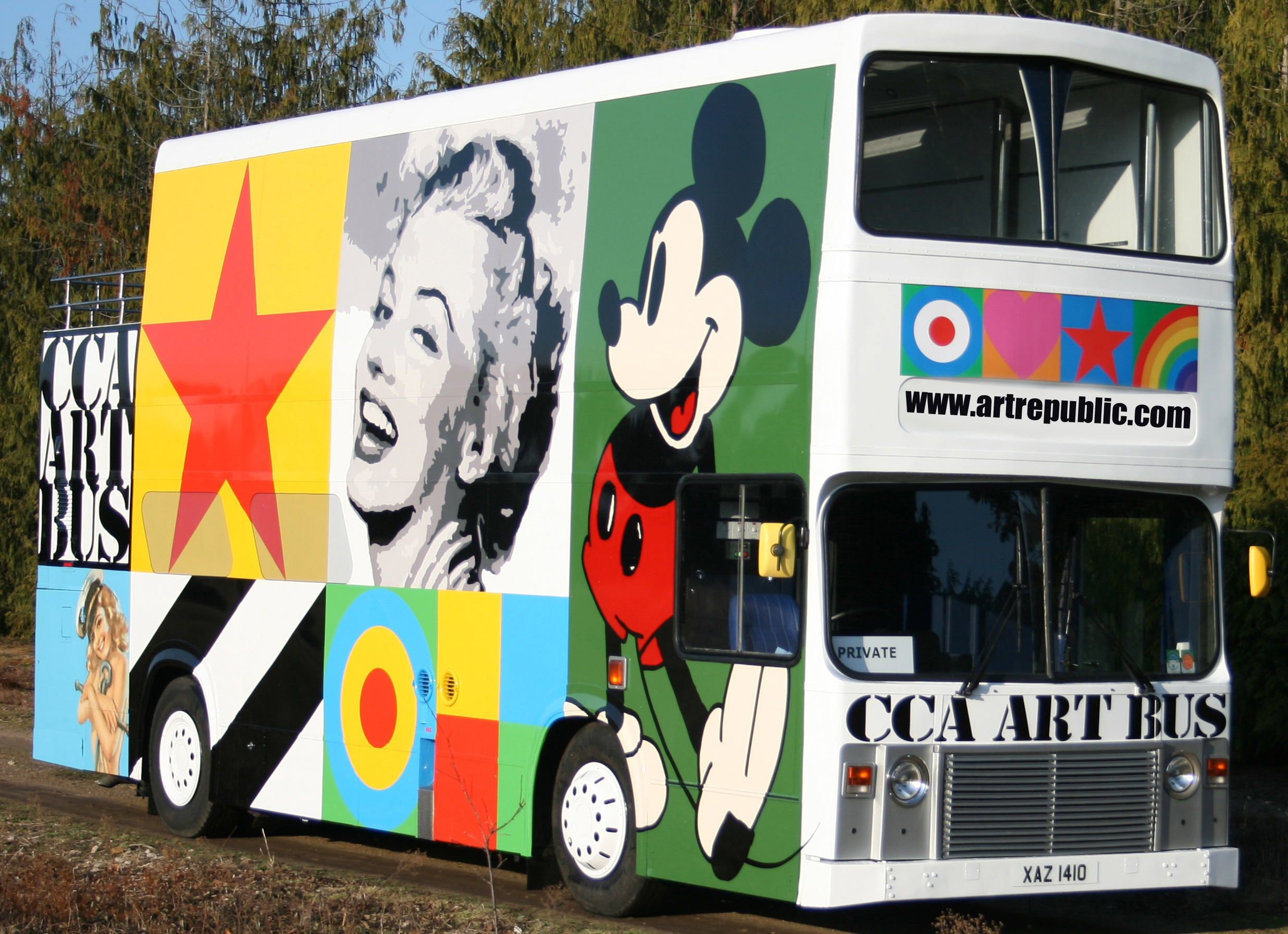 sir-peter-blake-artrepublic-art-bus