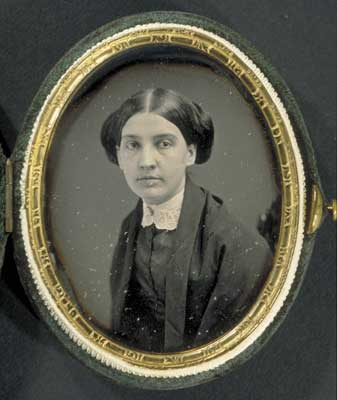 Susan Huntington Gilbert Dickinson     Image   : Houghton Library, Harvard University. MS Am 1118.99b, Series I, (29.4)