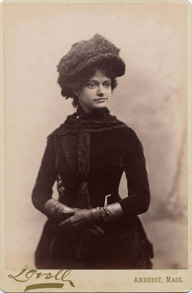 Mabel Loomis Todd     Image   : Todd-Bingham Picture Collection, Manuscripts and Archives, Yale University