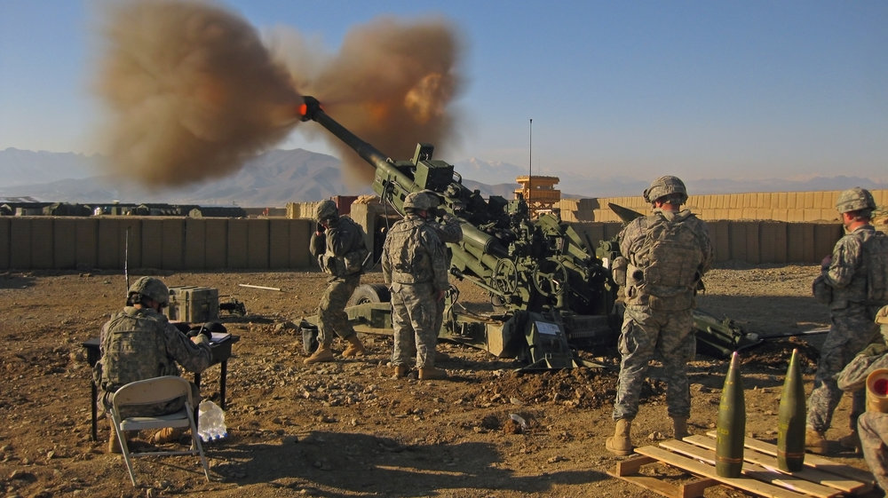 M777 being fired.