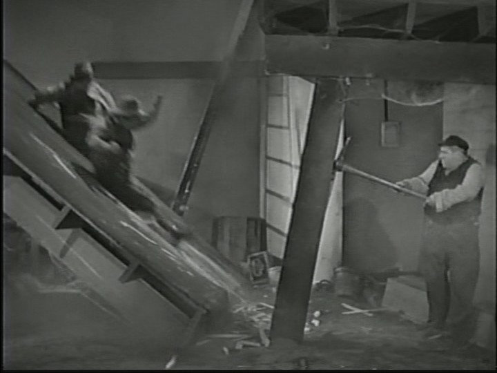 Breakdancing Stooges Screenshot 1.jpg