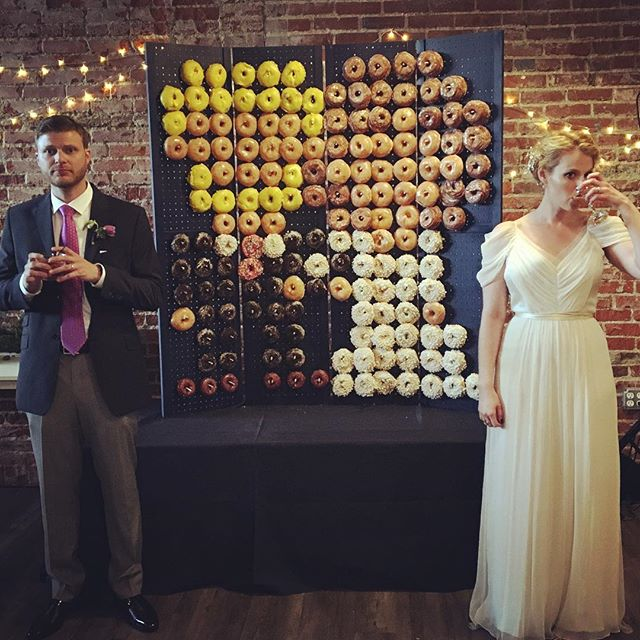 #somuchweddingwow #latergram 🍩🥂🎉