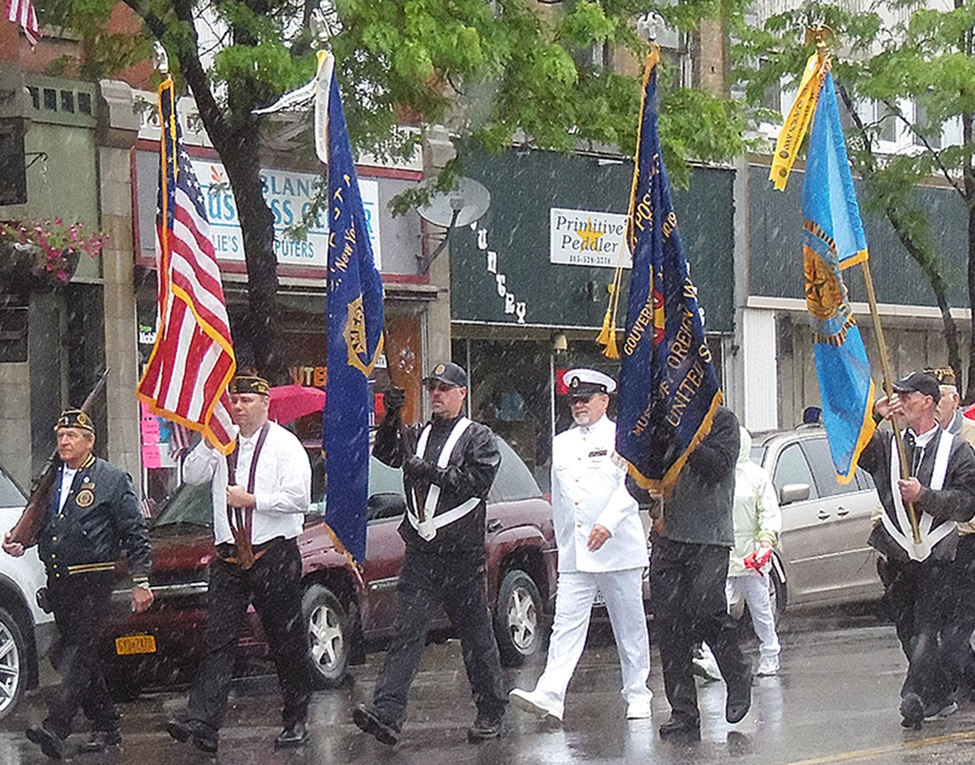Honor Guard and Rifle Guard from American Legion Post 65 and VFW Post 6338. From left: Ronald Hartle, Dominick Simione, Steven Cline, Michael Knowlton, Roland Roderick, Gerald Barker. (Rachel Hunter photo)