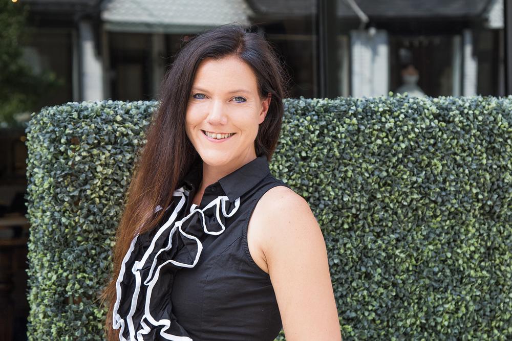 Lisa Byrnes Senior Designer