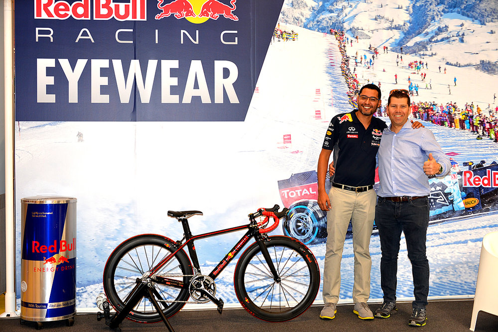 Vision+Expo+2016+Redbull+Eyewear+SPCARBON+bicycles+05.jpg