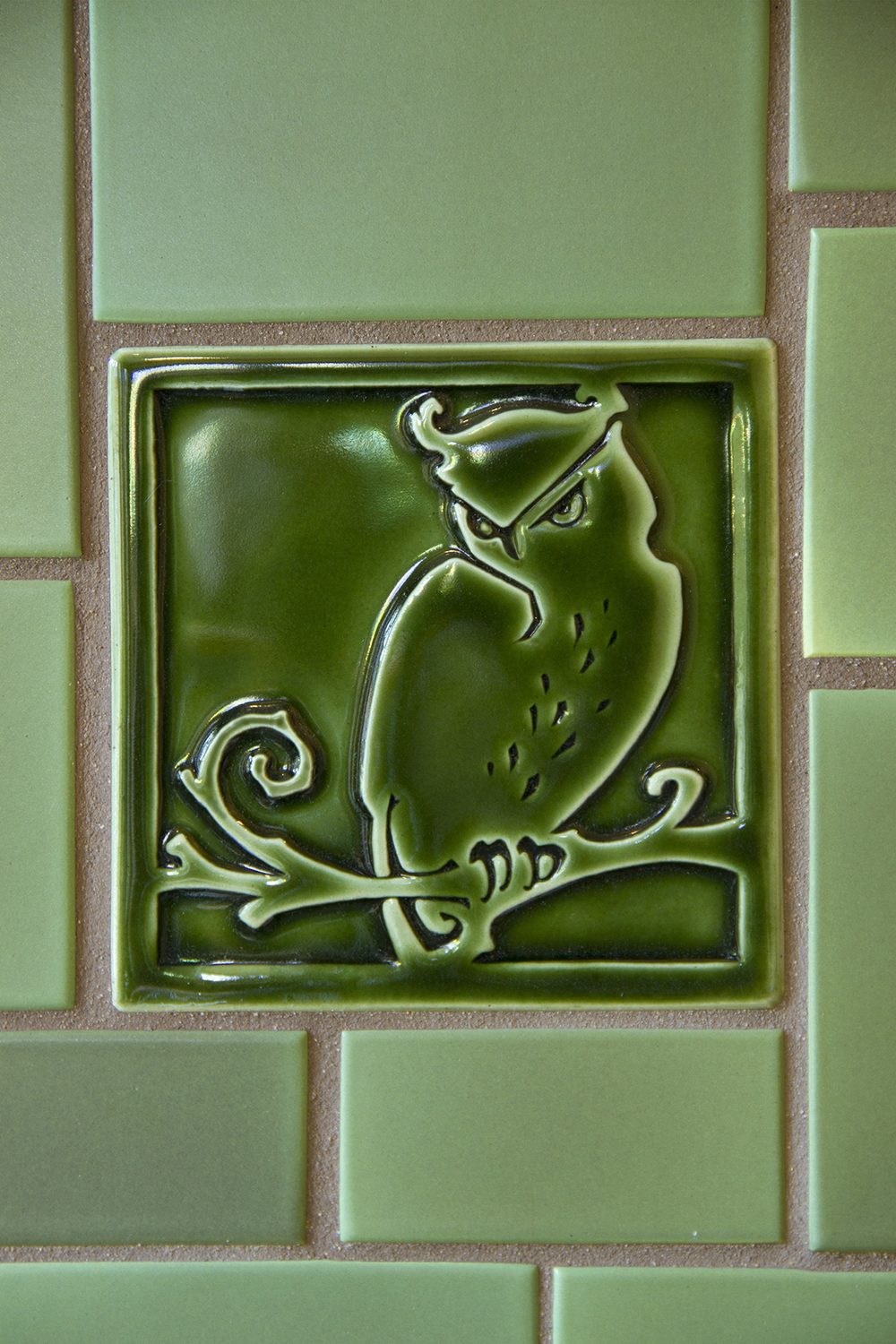 Arts and Crafts tile detail
