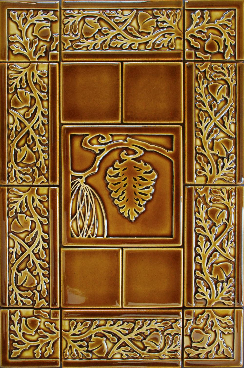 """Acorn Border 6"""" x 3"""" Ginger glaze"""
