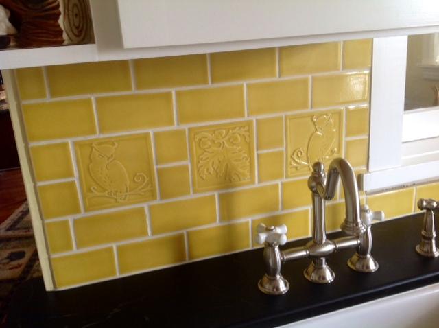 kitchen tile back splash t.JPG