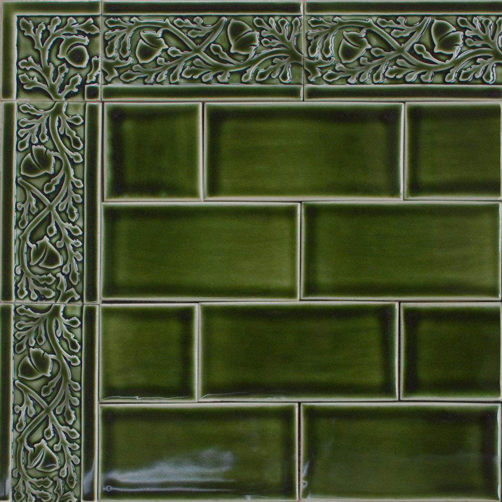 "Acorn Border 6"" x 3"" evergreen glaze"