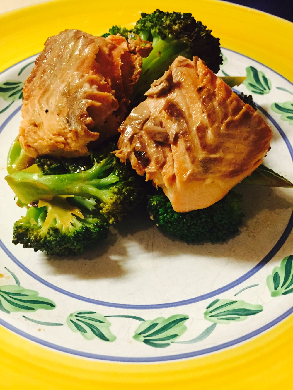 Seared salmon and broccoli