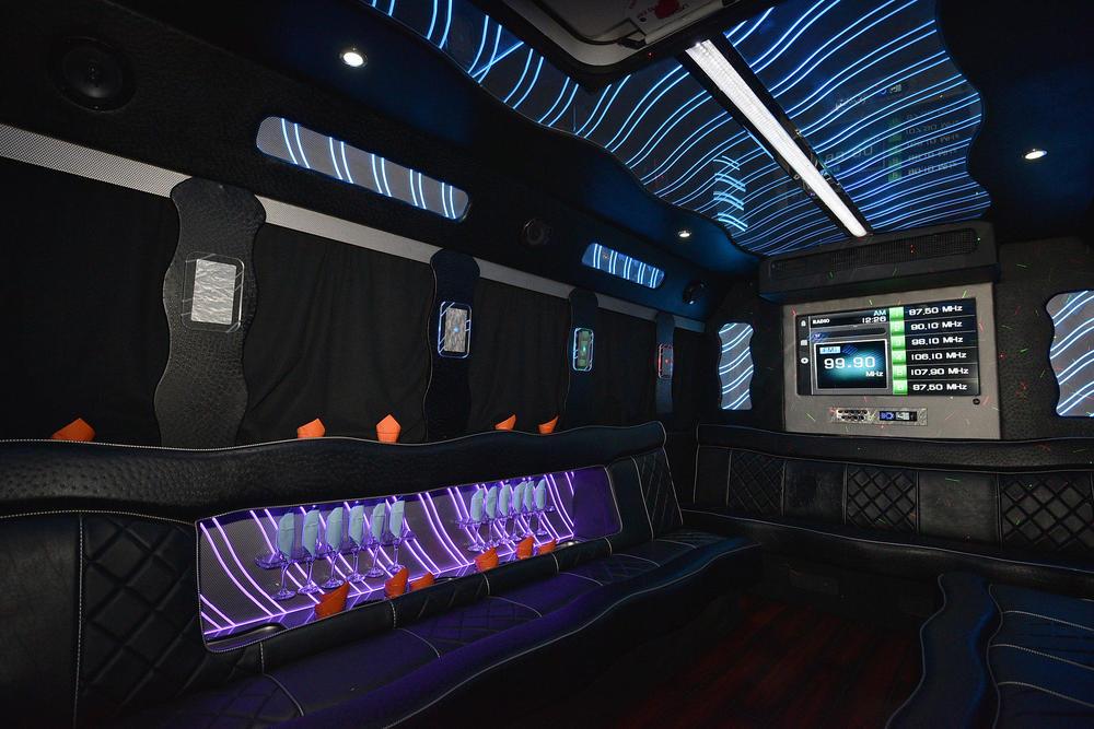 bus 88 inside 1.jpg