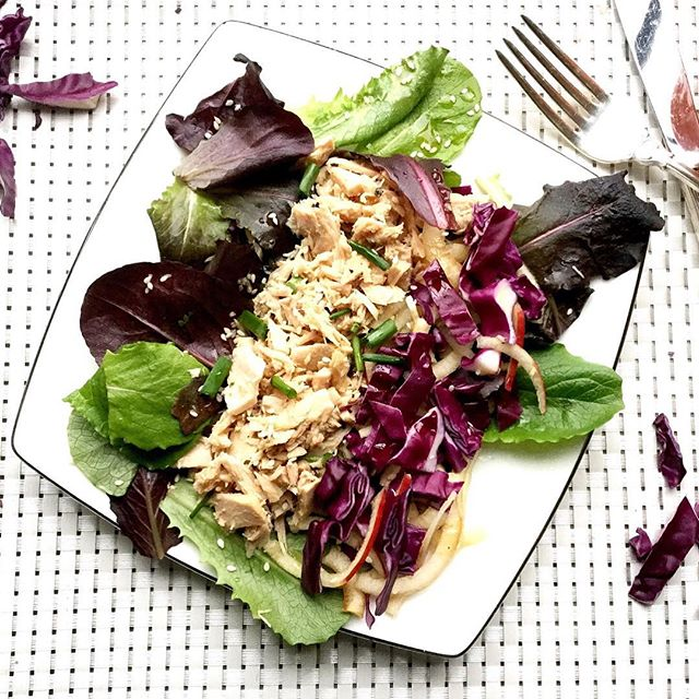 Project Slim Waistline's take on #healthy tuna #salad. Ditch the deli style and go for this one with mixed greens, a little smattering of red cabbage, a few fresh herbs and a delightful dressing of olive oil and apple cider vinegar. #yummy #lunch #dinner #instagood #food #pswaistline