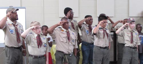 500_saluting_scouts_2.jpg