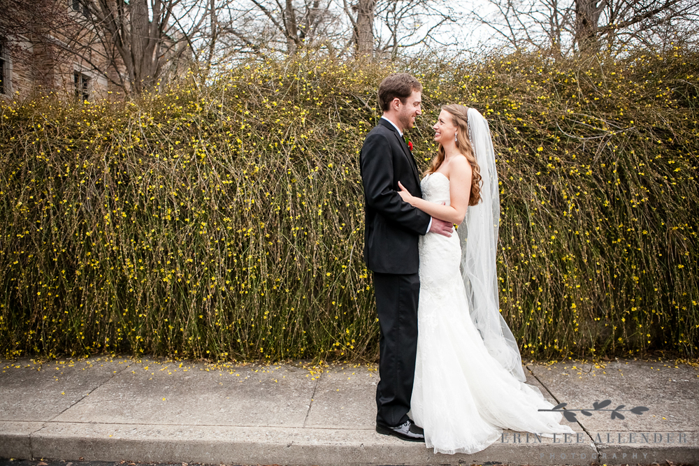 Bride_Groom_Spring_Wedding