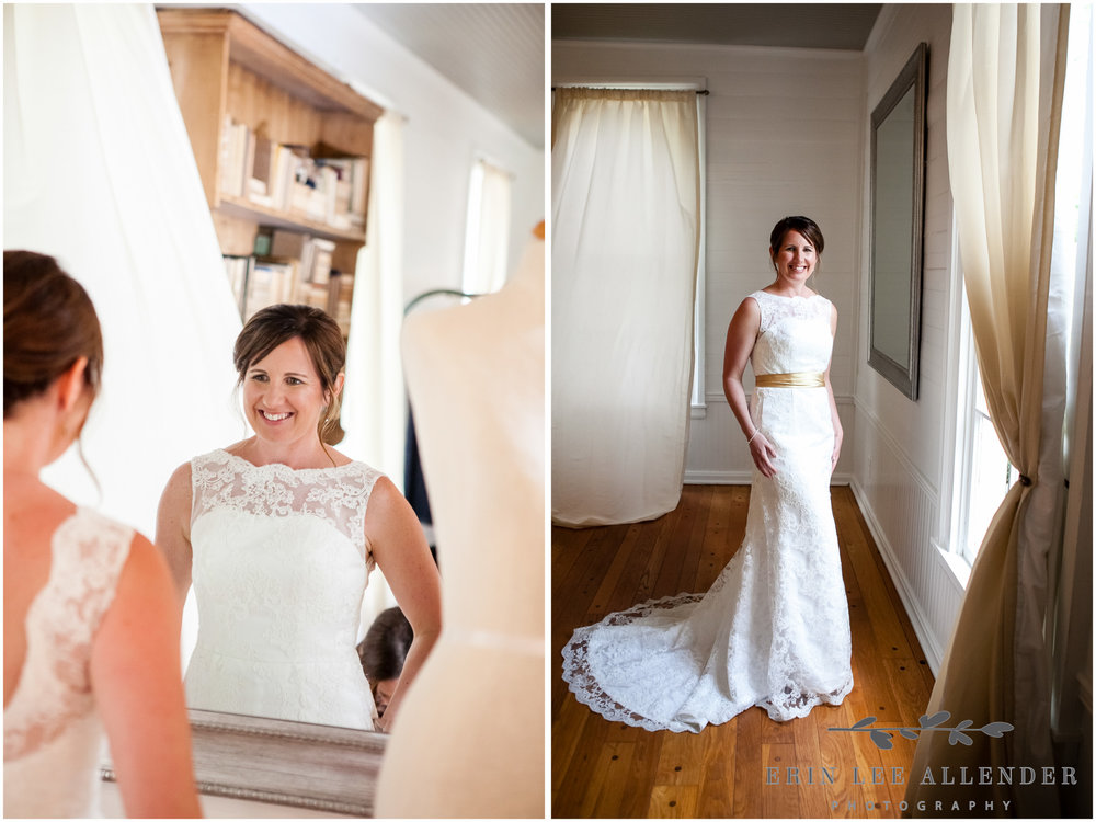 Bride_Sees_Herself_In_Mirror_For_First_Time