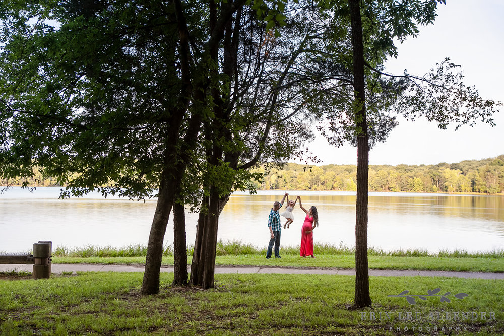 Family_Session_By_Lake