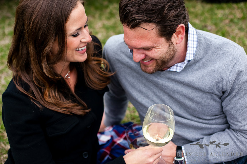 Wine_Picnic_Engagement_Photograph