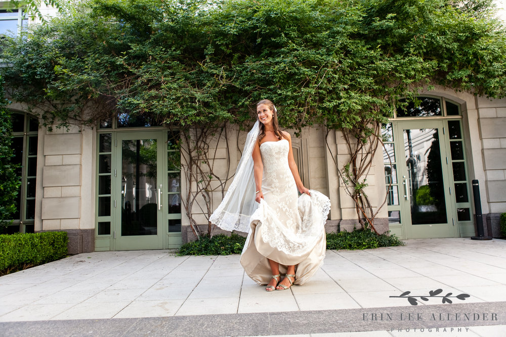 Courtyard_Bridal_Session