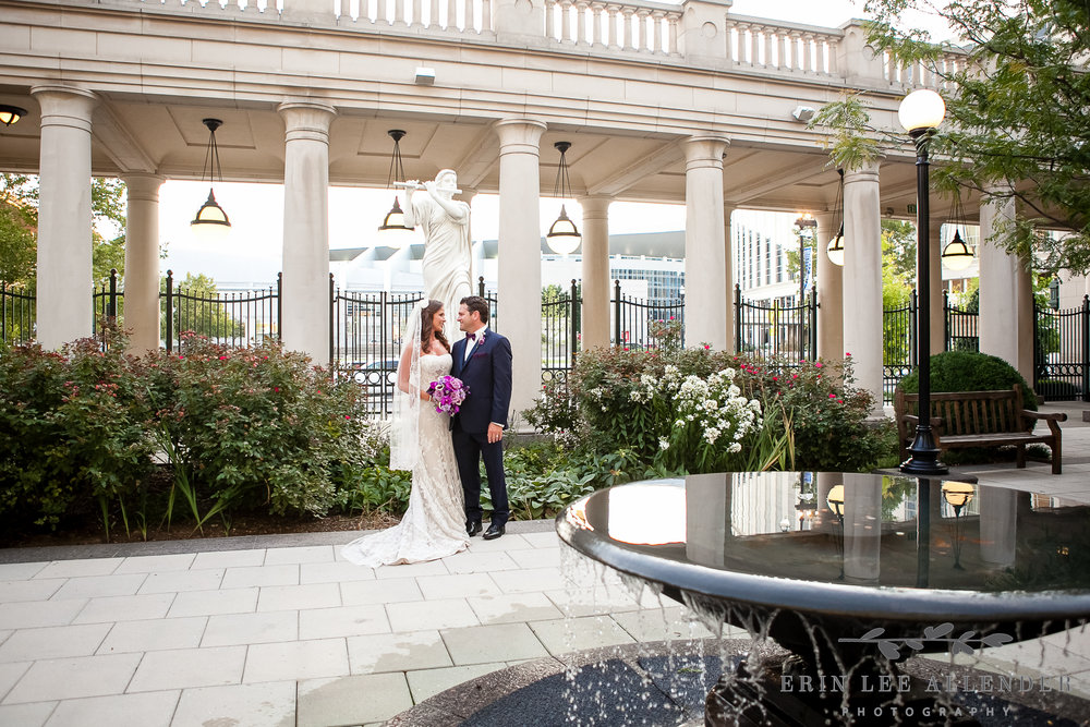 Wedding_Photograph_Courtyard_Schermerhorn