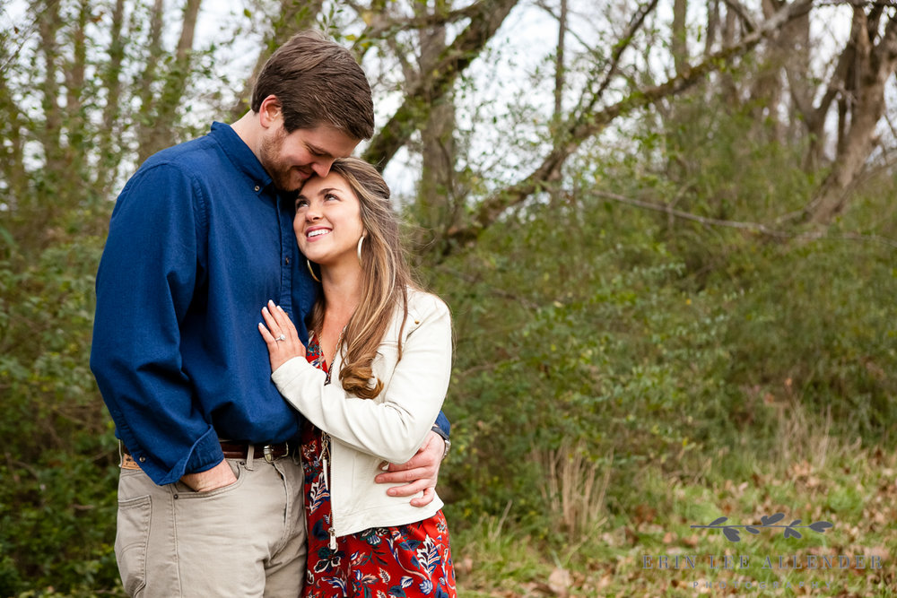 Rustic_Christmas_Engagement_Session