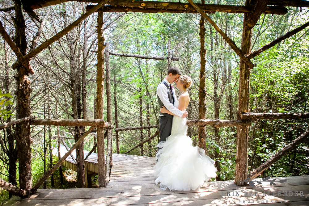 Rustic_Wedding_Portrait