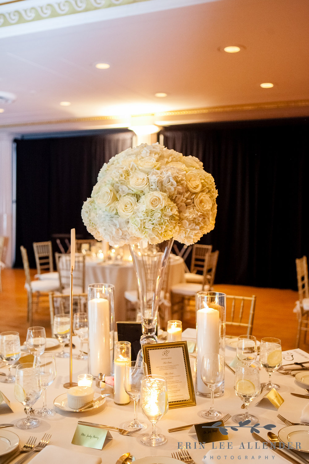 White_Gold_Centerpiece