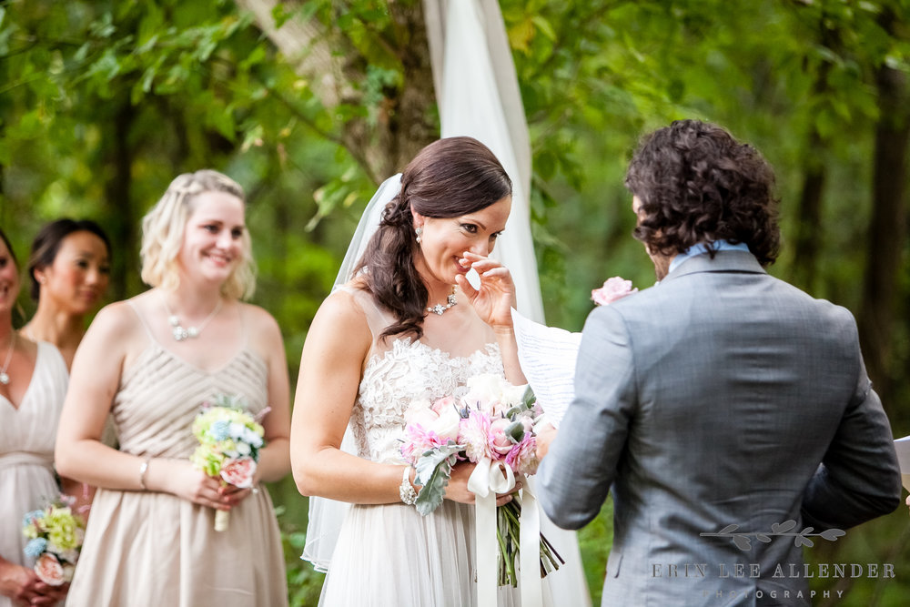 Bride_Laughs_At_Vows
