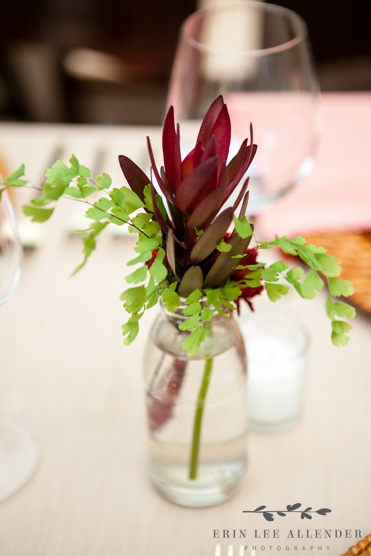 Bromelaid_Floral_Arrangement