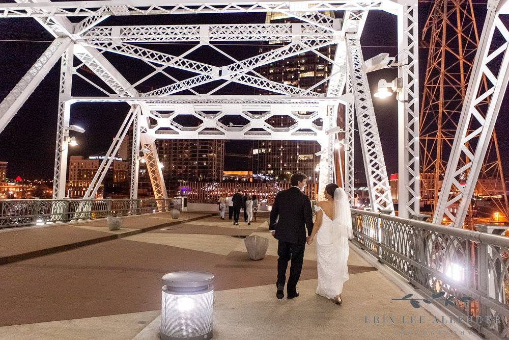 Bride_Groom_Nashville_Walking_Bridge