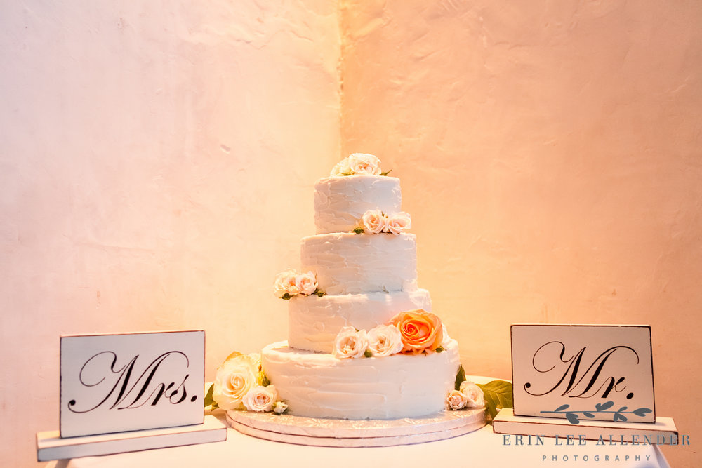 Simple_Wedding_Cake