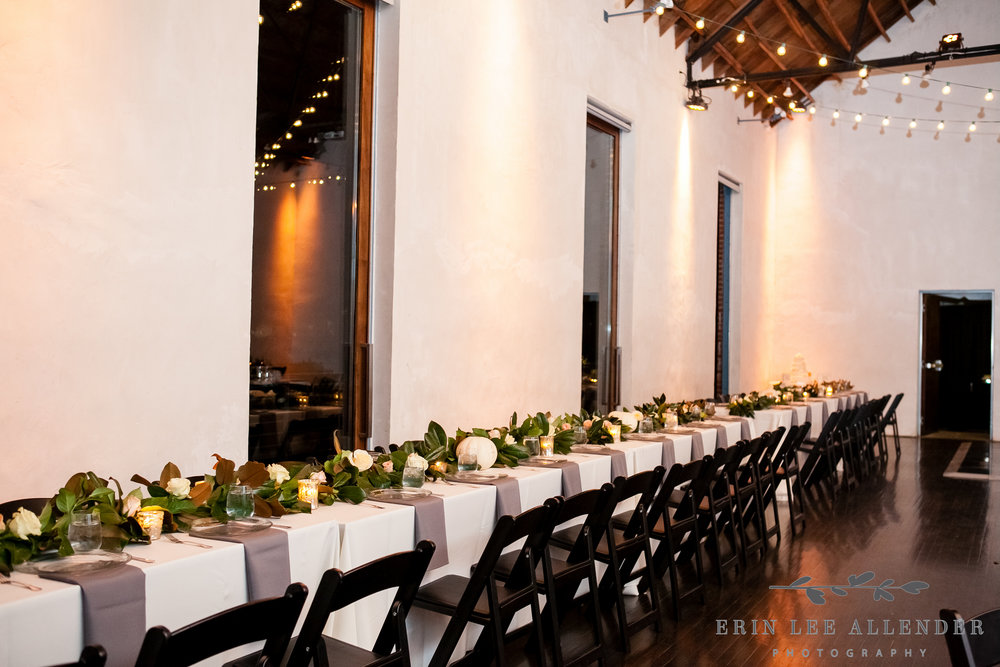Pumpkin_Magnolia_Wedding_Decor