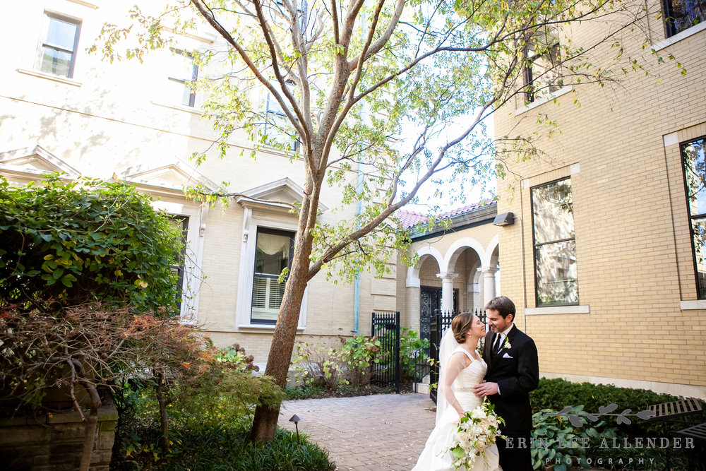 Couple_In_Beautiful_Courtyard