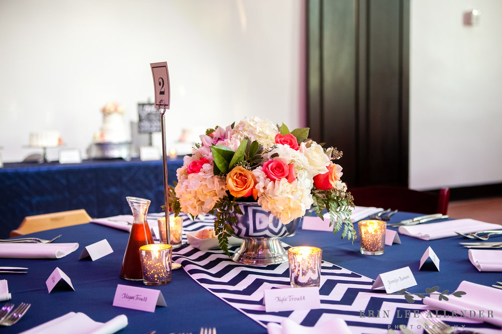 Navy_chevron_Wedding_Decor